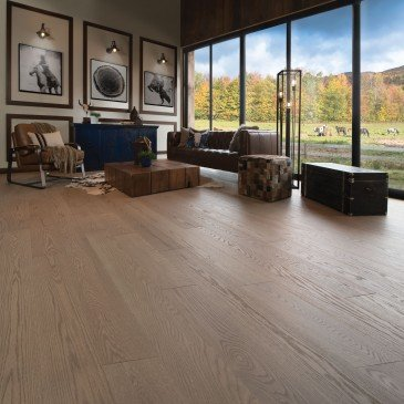 Brown Red Oak Hardwood flooring / Rio Mirage Admiration / Inspiration