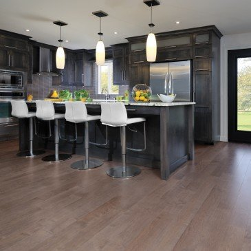 Brown Maple Hardwood flooring / Greystone Mirage Herringbone / Inspiration