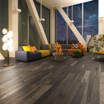 Grey White Oak Hardwood flooring / Lunar Eclipse Mirage Flair / Inspiration