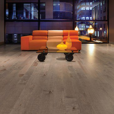 Grey Maple Hardwood flooring / Rock Cliff Mirage Imagine / Inspiration