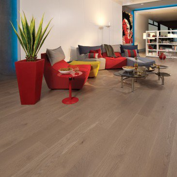 Brown White Oak Hardwood flooring / Sand Dune Mirage Herringbone / Inspiration