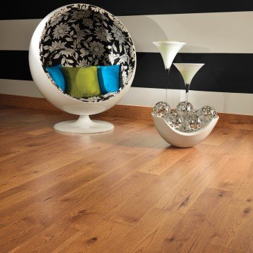 Golden Hickory Hardwood flooring / Sierra Mirage Admiration / Inspiration