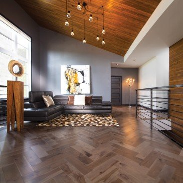 Brown Hickory Hardwood flooring / Greystone Mirage Herringbone / Inspiration