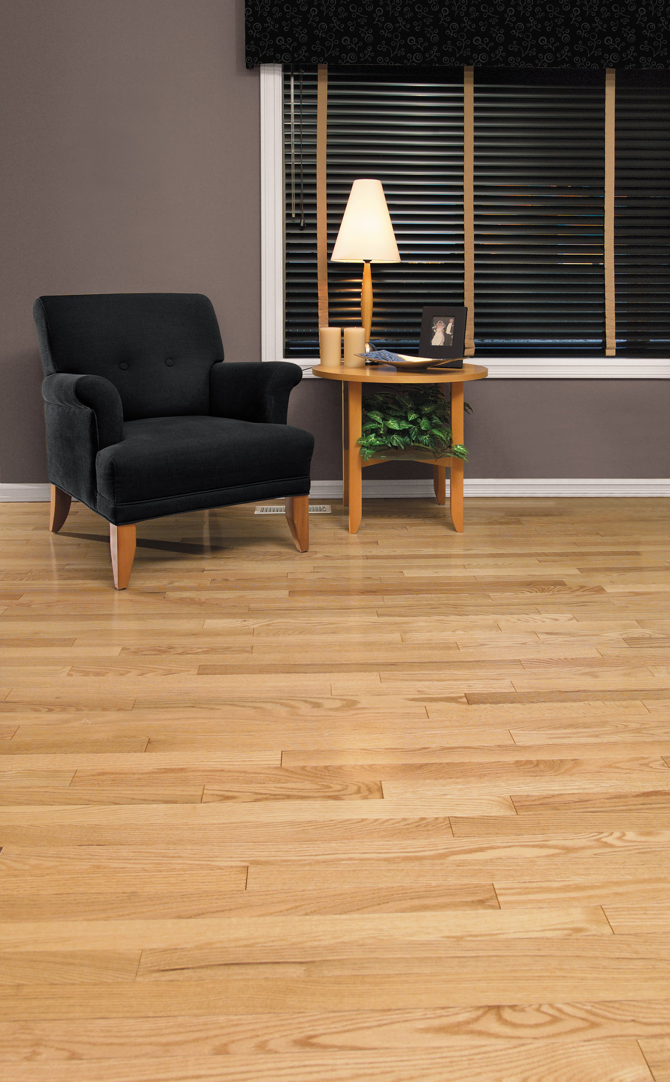 Red Oak Exclusive - Ambience image