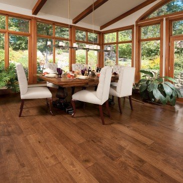 Brown Maple Hardwood flooring / Praline Mirage Sweet Memories / Inspiration