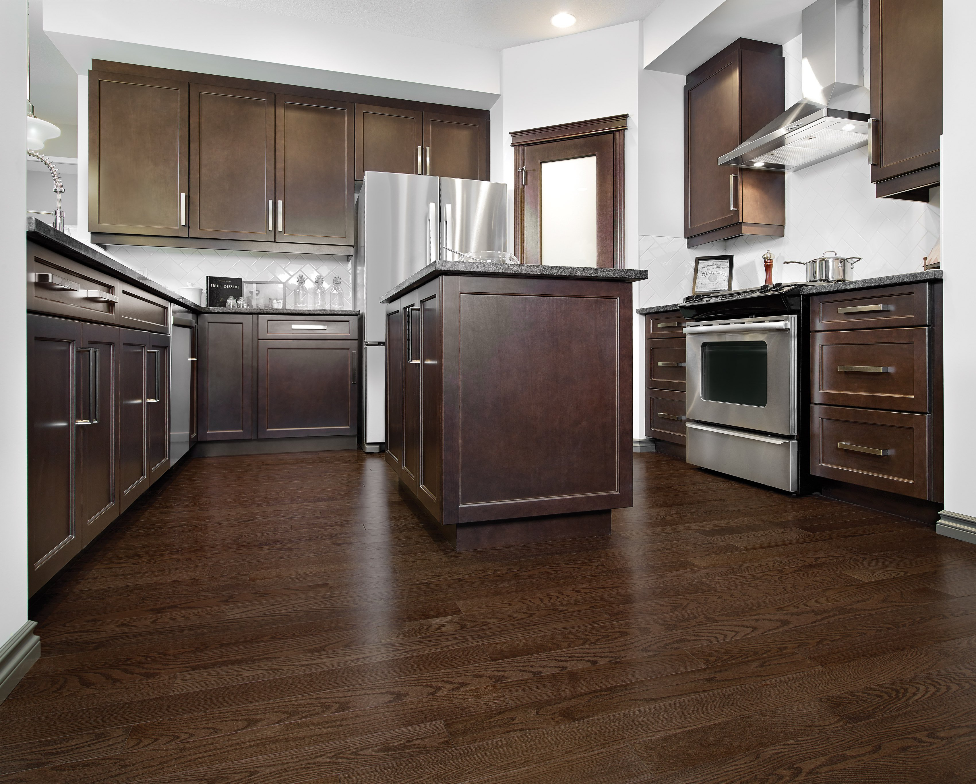 Red Oak Waterloo Exclusive Smooth - Ambience image
