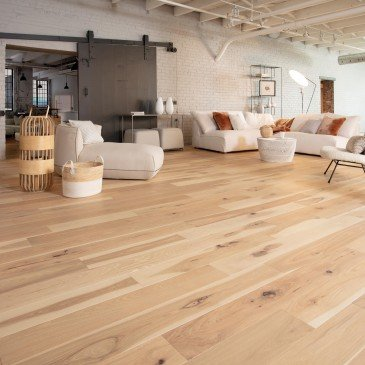 Beige Hickory Hardwood flooring / Sandy reef Mirage Herringbone / Inspiration