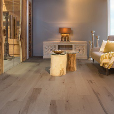 Brown Maple Hardwood flooring / Sand Dune Mirage Herringbone / Inspiration