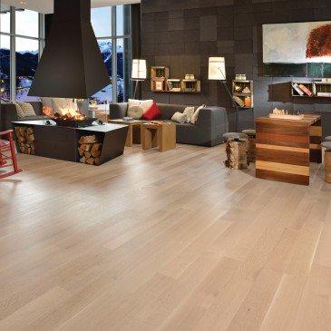 White Oak Hardwood flooring / Isla Mirage Admiration / Inspiration