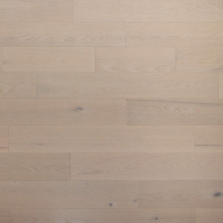 Oak Hardwood flooring / Mirage