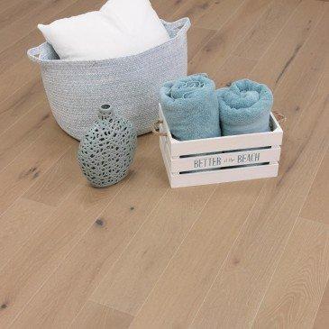 Beige Oak Hardwood flooring / Key Largo Mirage DreamVille / Inspiration