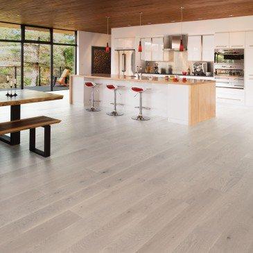 White Oak Hardwood flooring / Snowdrift Mirage Flair / Inspiration