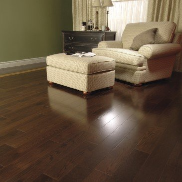 Brown Red Oak Hardwood flooring / Vienna Mirage Herringbone / Inspiration