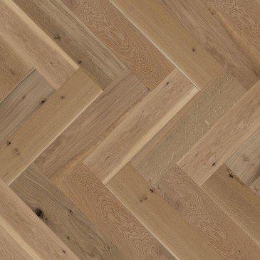 Natural White Oak Hardwood flooring / Natural Mirage Herringbone