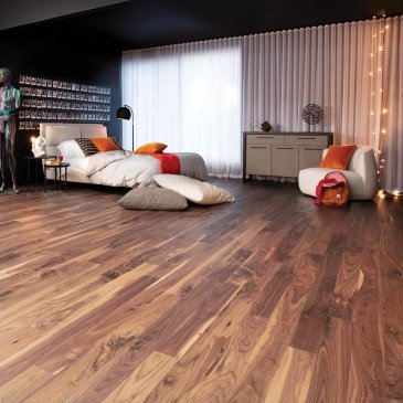 Natural Walnut Hardwood flooring / Natural Mirage Herringbone / Inspiration