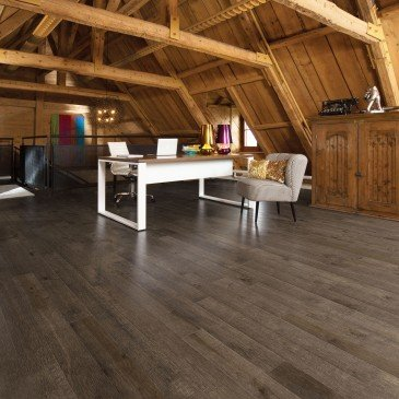Brown Maple Hardwood flooring / Sandstone Mirage Imagine / Inspiration