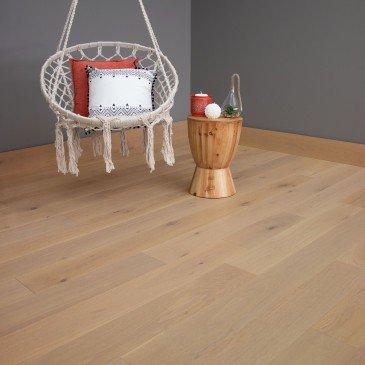 Natural Oak Hardwood flooring / Florence Mirage DreamVille / Inspiration