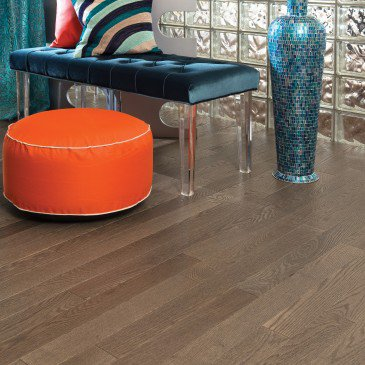Grey Red Oak Hardwood flooring / Eastman Mirage Alive / Inspiration