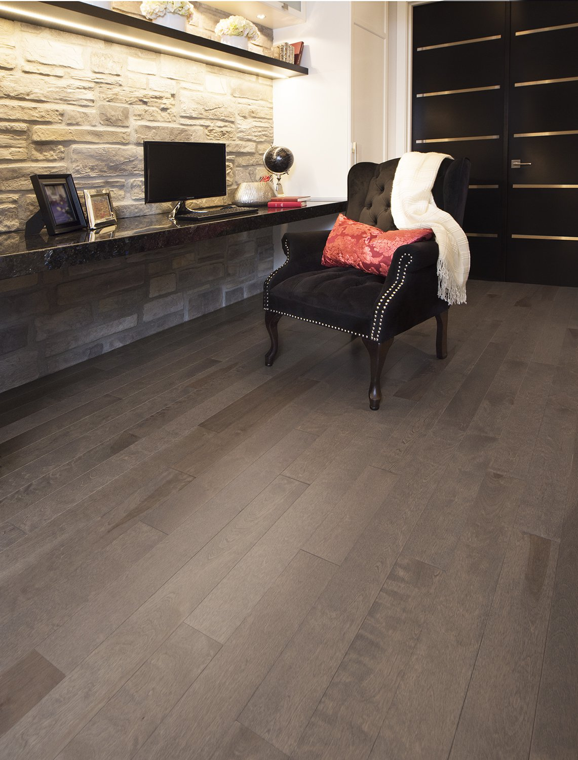 Yellow Birch Greystone Exclusive Smooth - Ambience image