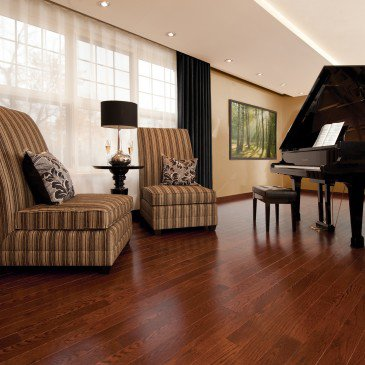 Reddish-brown Red Oak Hardwood flooring / Canyon Mirage Herringbone / Inspiration