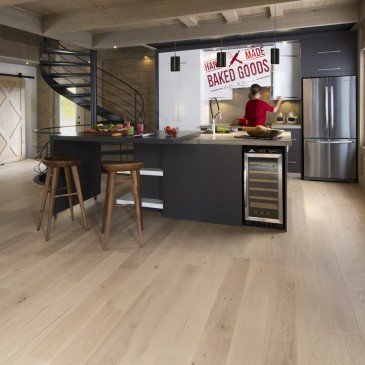 White White Oak Hardwood flooring / White Mist Mirage Flair / Inspiration