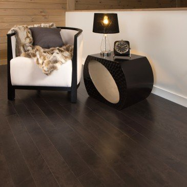 Brown Yellow Birch Hardwood flooring / Black Jelly Bean Mirage Sweet Memories / Inspiration