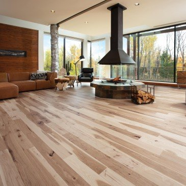 Natural Hickory Hardwood flooring / Natural Mirage Herringbone / Inspiration