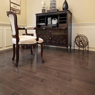 Brown Maple Hardwood flooring / Bolton Mirage Admiration / Inspiration