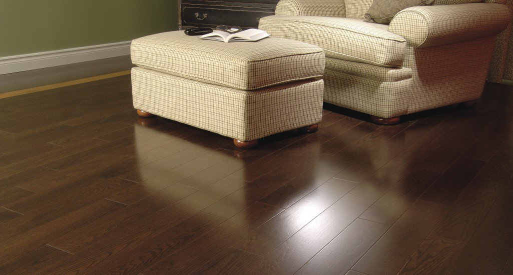 Admiration Red Oak Vienna Exclusive Smooth Mirage
