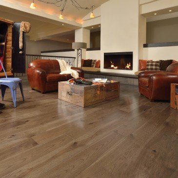 Brown Hickory Hardwood flooring / Savanna Mirage Herringbone / Inspiration