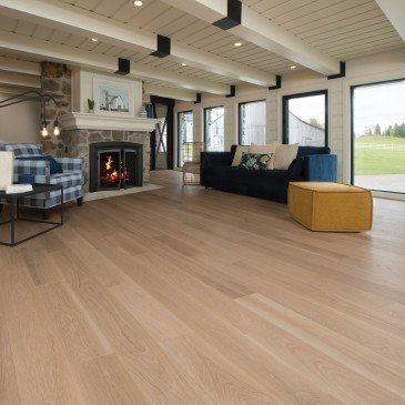 White White Oak Hardwood flooring / Isla Mirage Admiration / Inspiration