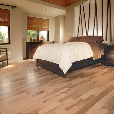 Natural Yellow Birch Hardwood flooring / Natural Mirage Natural / Inspiration