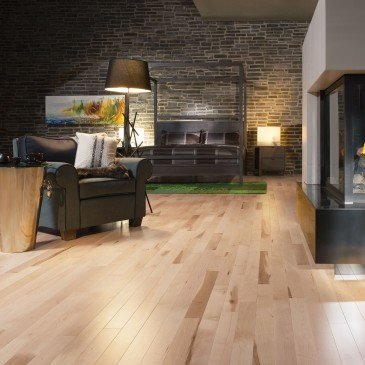 Natural Maple Hardwood flooring / Natural Mirage Natural / Inspiration