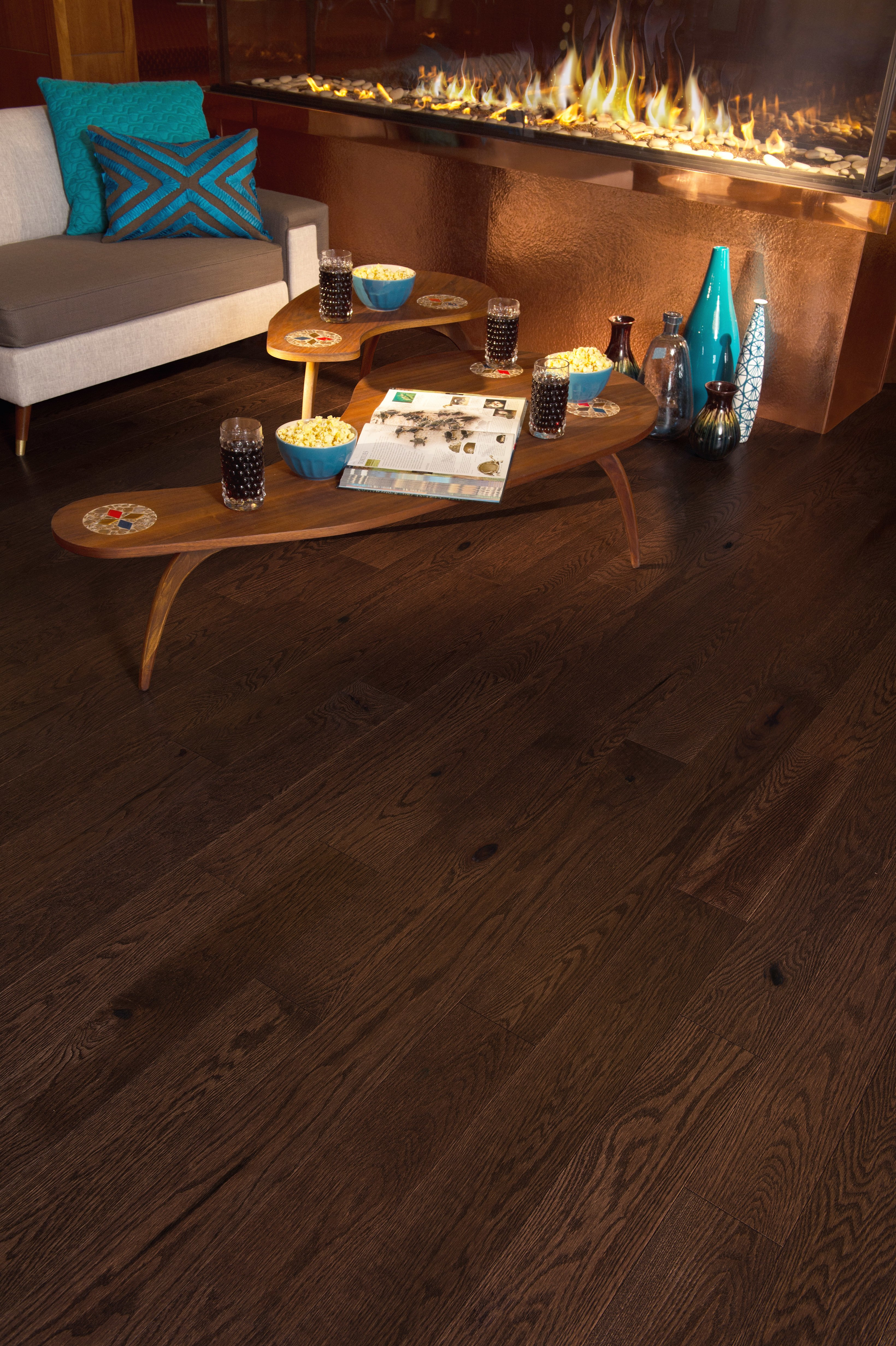 Red Oak Providence Character Brushed - Ambience image