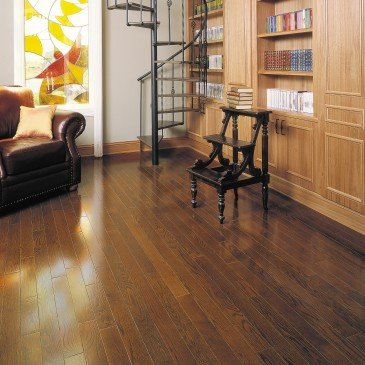Brown Red Oak Hardwood flooring / Rich Oak Mirage Herringbone / Inspiration